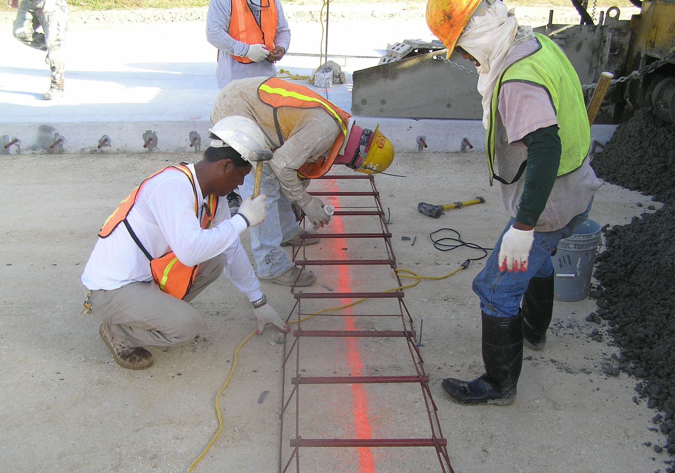 Evaluation of Concrete Pavement Runway | Carrasquillo Associates